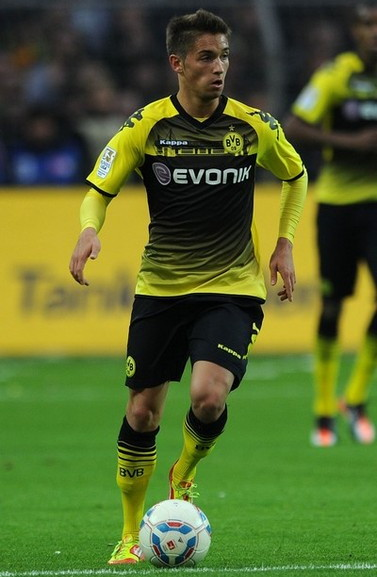 Borussia Dortmund-11-12-KAPPA-Derby-home-kit-yellow-black-yellow.jpg