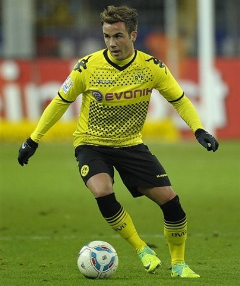 Borussia Dortmund-11-12-KAPPA-home-kit-yellow-black-yellow.jpg