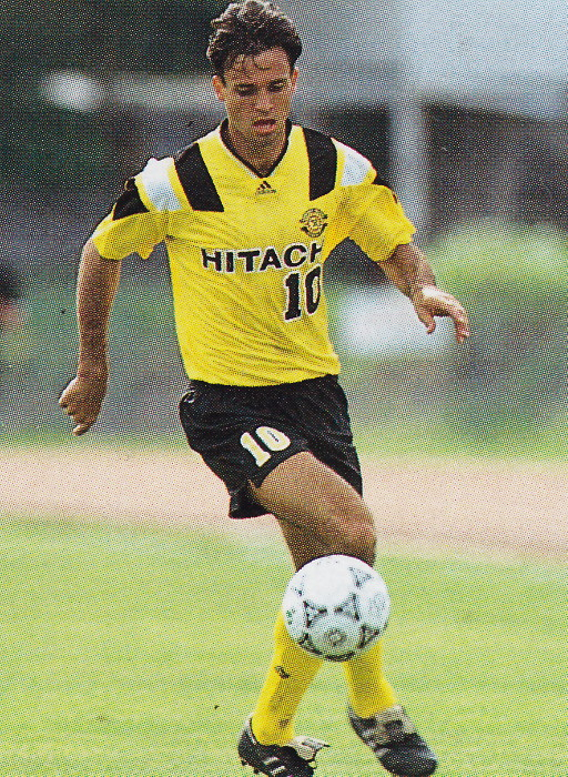 Kashiwa-Reysol-92-94-home-kit-yellow-black-yellow.jpg