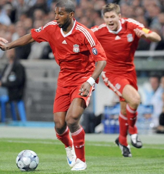 Liverpool-08-09-adidas(non logo)-home-red-red-red2.JPG